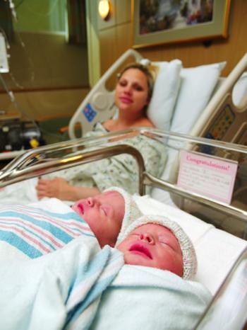 Сон беременная родила двойню